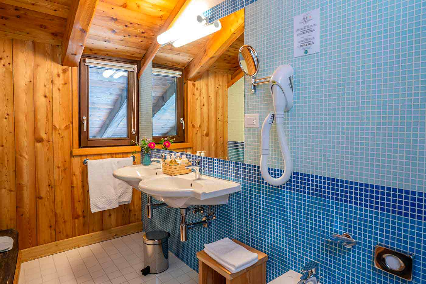 stanza-302-bagno-1